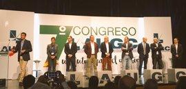 Representantes políticos 'despiden' en el congreso de AUGC a Fernández de Mesa con la esperanza de abrir una nueva etapa