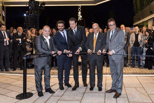 Inauguración del outlet de Viladecans