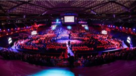 Más de 600 canteranos del FC Barcelona abren el innovador proyecto 'Masia 360'