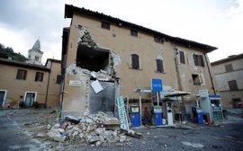 Centenares de personas siguen desalojadas de sus hogares tras el terremoto de Italia