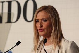 Cifuentes insta a Moñux a denunciar en los Tribunales el presunto acoso de Ossorio