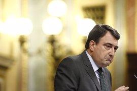 """El PNV, a Rajoy: """"Si bien me quieres, Mariano, da menos leña y más grano"""""""