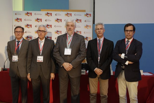 Miembros de la Sociedad Española de Cardiología