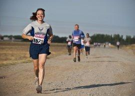 La huella del ejercicio físico intenso en el corazón varía entre hombres y mujeres