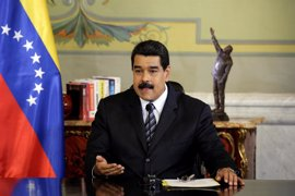 Maduro anuncia la cuarta subida del salario mínimo este año