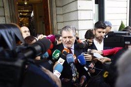 "Méndez de Vigo asegura que la LOMCE  ""no se va a derogar"" porque un pacto ""no significa enterrar nada"""
