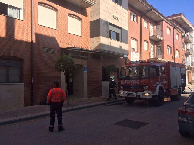 Desalojado el hotel Villa de Andosilla por un incendio.