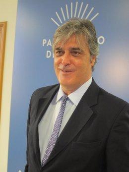 Pedro Puy tras reunirse con el presidente del Parlamento