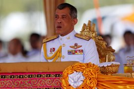 """El príncipe heredero abandona Tailandia por un tema """"personal"""" y regresará en noviembre"""