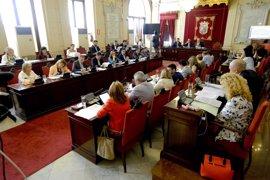 La consulta de terrenos de Repsol y el futuro del Astoria, a debate en el pleno de Málaga