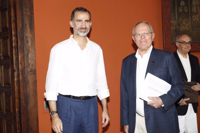 El Rey Felipe VI con el presidente de Perú, Pedro Pablo Kaczynki