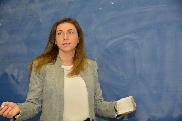 La profesora de la UPCT Aurora Martínez
