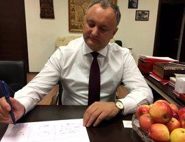 Los moldavos votan este domingo un eventual giro hacia Rusia