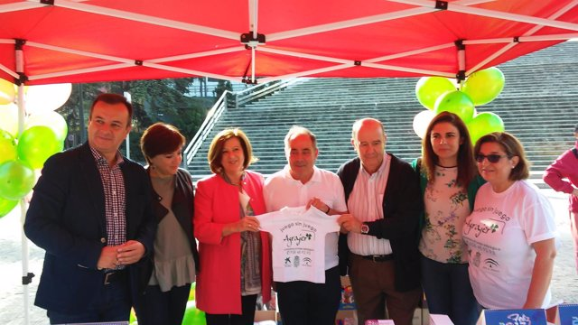 La consejera de Igualdad participa en el Día sin Juegos de Azar