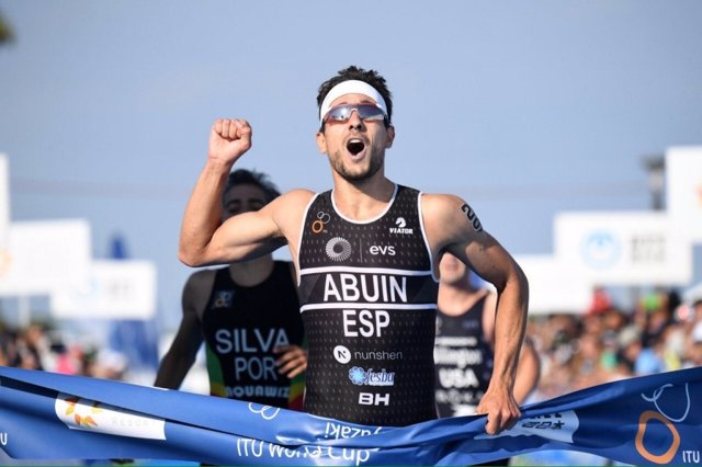 El triatleta español Uxío Abuín