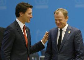 La UE y Canadá firmarán este domingo el acuerdo de libre comercio CETA tras superar bloqueo