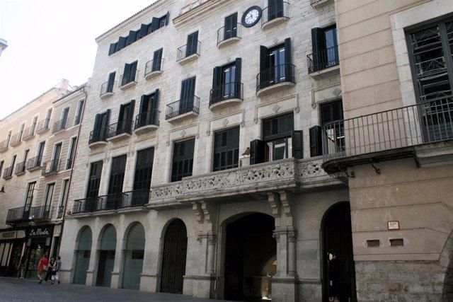 Fachada del Ayuntamiento de Girona