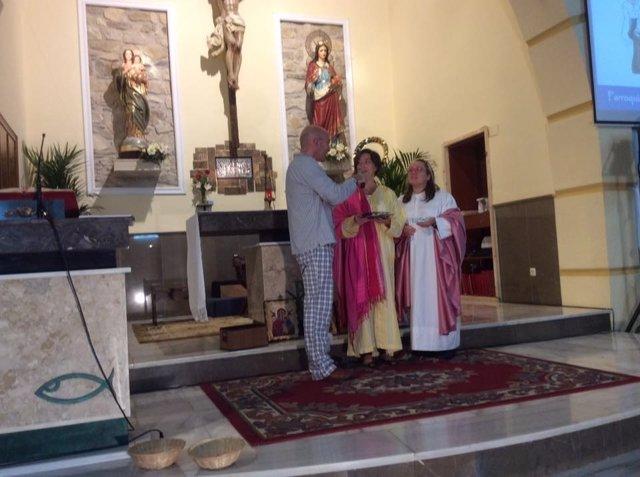 Prmer 'Holywins' en la parroquia de Santa Isabel