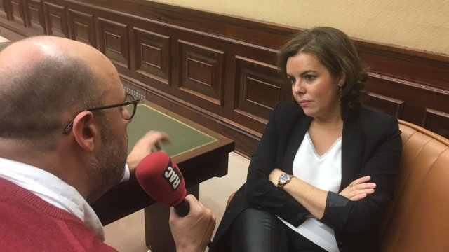 Jordi Basté entrevista a la vicepresidenta Soraya Sáenz de Santamaría
