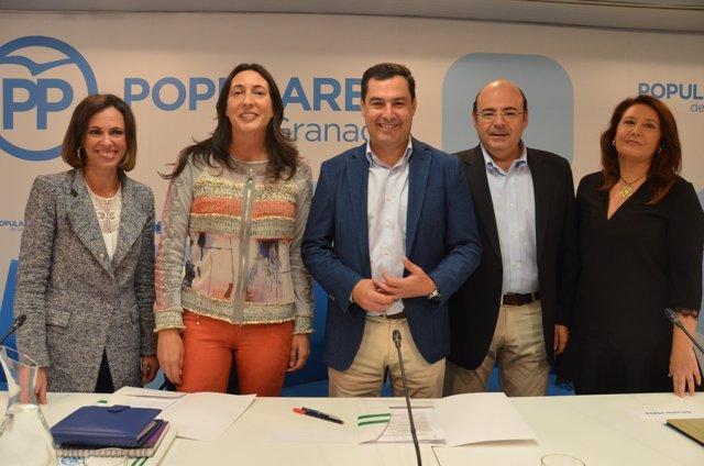 Juanma Moreno, en el centro, en el Comité Ejecutivo Regional del PP-A