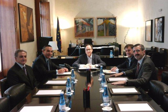 Soler formaliza la compra de una acción del grupo Tragsa