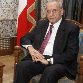 """Berri felicita a Aoun y espera que la prioridad sea un sistema electoral """"moderno"""""""