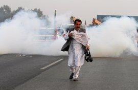 Primeros disturbios por las protestas convocadas por el partido de Imran Jan
