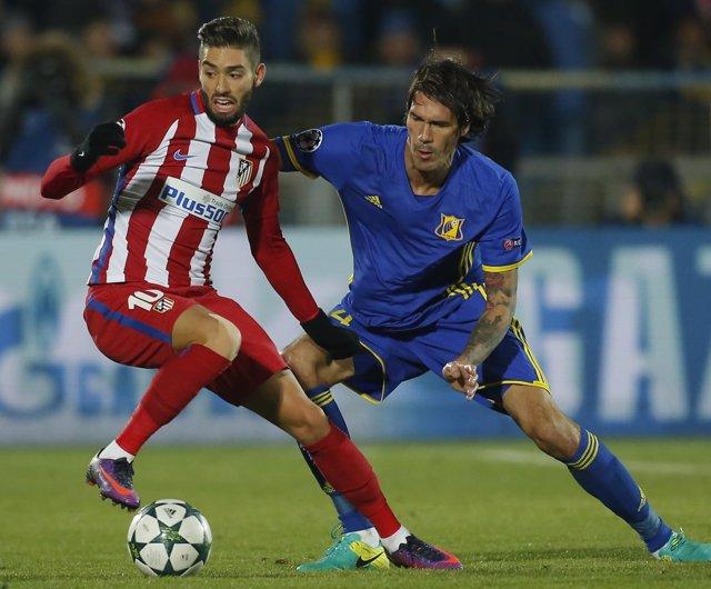 Yannick Carrasco César Navas Atlético Rostov