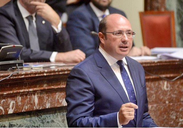 El presidente Pedro Antonio Sánchez en la Asamblea Regional