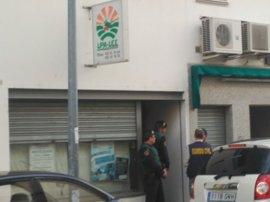 La Guardia Civil detiene a varias personas en el marco de una investigación a UPA-UCE