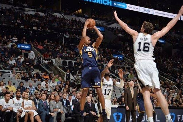 Pau Gasol en el San Antonio Spurs - Utah Jazz