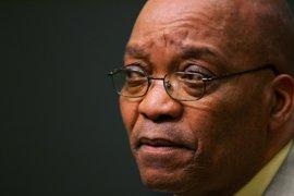 Cientos de personas se manifiestan en Pretoria en contra del presidente Zuma