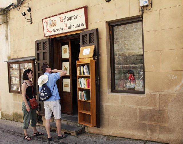 Libro, librería, compra, turistas, tienda