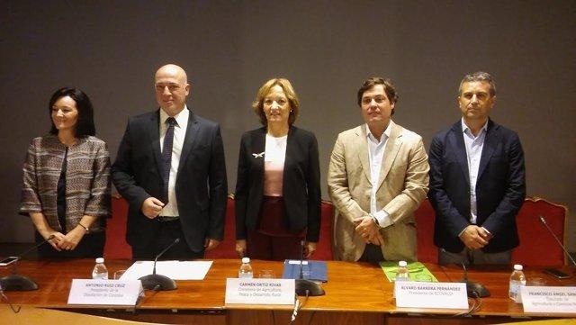 Ortiz, entre Ruiz (izda.) y Barrera, durante la inauguración de BioCórdoba