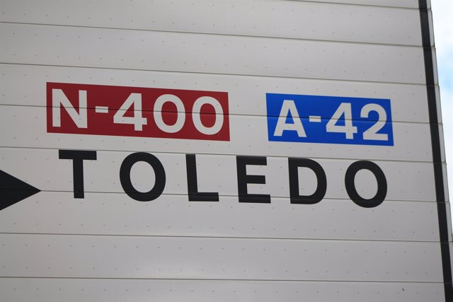 Carteles de carreteras (N-400 y A-42 Toledo)