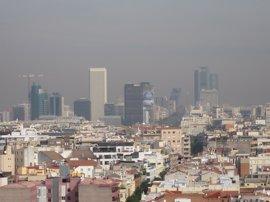 El sábado se disipará la contaminación en Madrid y llegará el frío y las primeras nevadas