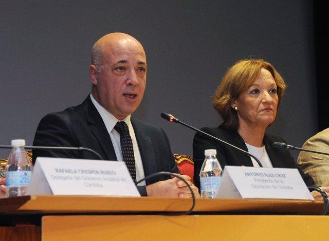 Carmen Ortiz junto al presidente de la Diputación de Córdoba