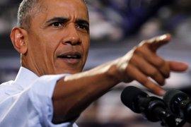 """Obama aboga por """"no trabajar en base a insinuaciones"""" tras la investigación a Clinton"""