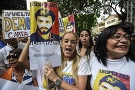 La mujer de Leopoldo López exige al Gobierno venezolano una prueba de vida