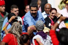 """Maduro pasa a la """"ofensiva"""" con un """"Gobierno de calle"""""""