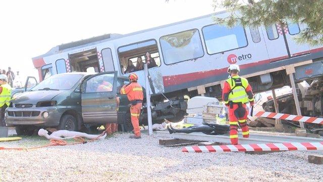 Simulacro realizado en Bétera sobre el descarrilamiento de un tren