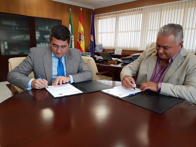Firma de acuerdo entre Gas Natural y el Caciti
