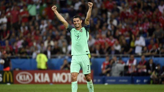 Cristiano Ronaldo celebra el pase con Portugal a la final de la Eurocopa 2016