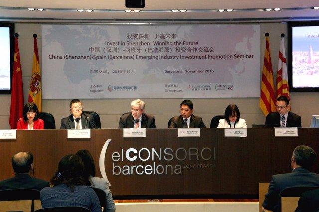 J.Conet, T.Heng, L.Qi y J.Changshen, entre otros socios chinos