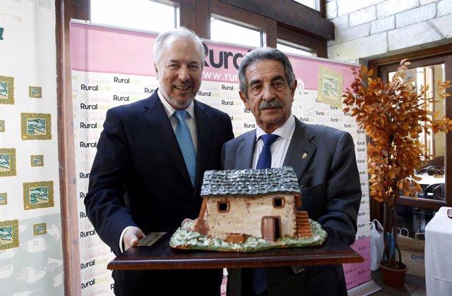 Revilla, en la entrega de premios de la Asociación de Turismo Rural