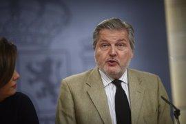 Rajoy encarga la comunicación del Gobierno a Méndez de Vigo, que tendrá que lidiar también con el pacto educativo