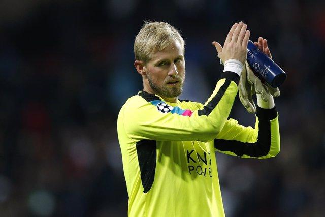 El portero danés del Leicester City Kasper Schmeichel