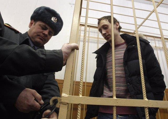 Dmitrichenko detenido por atacar al director del Bolshoi