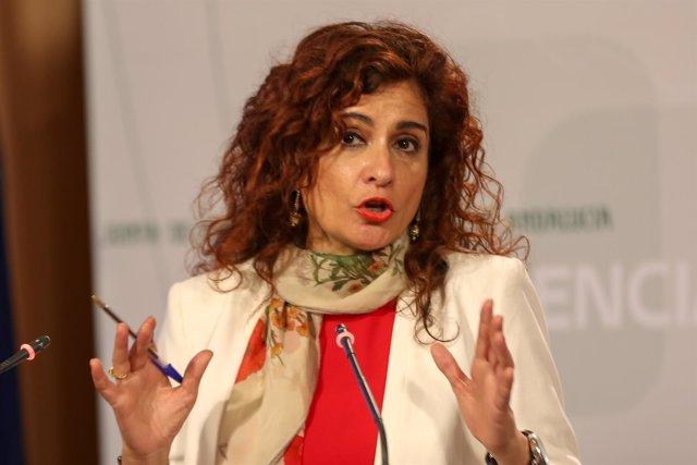 La consejera de Hacienda, María Jesús Montero, tras el Consejo de Gobierno
