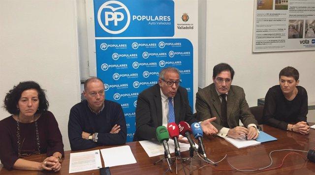 Concejales del PP en Valladolid en la rueda de prensa sobre la sentencia